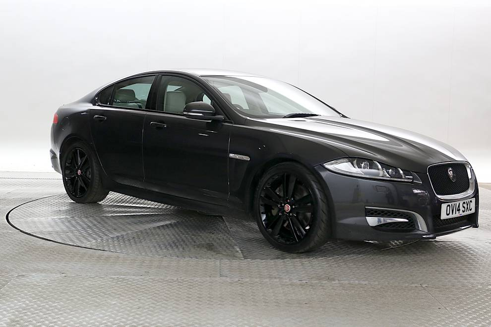 Charming Jaguar XF   Cargiant