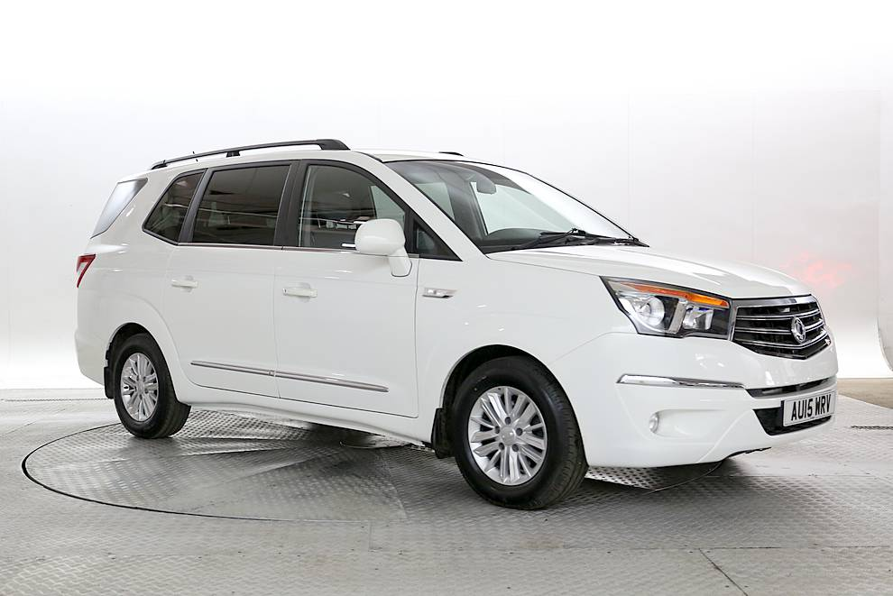 Ssangyong Turismo - Cargiant