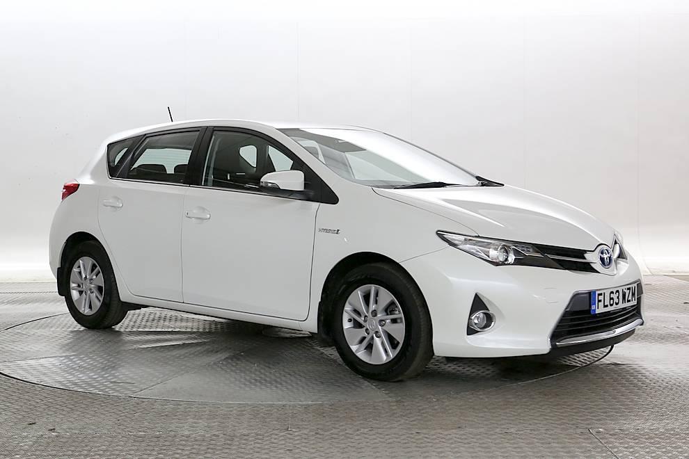 Toyota Auris - Cargiant
