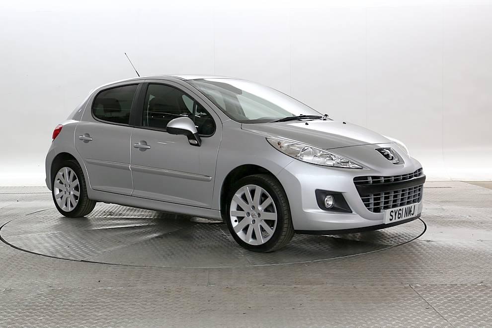 Peugeot 207 - Cargiant