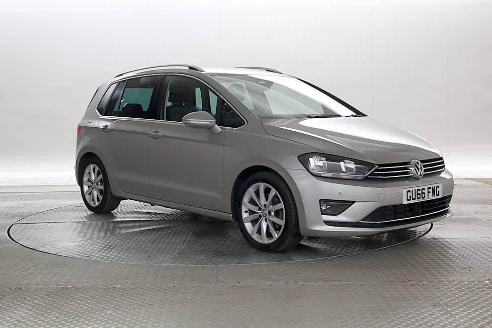 Volkswagen Golf SV - Cargiant