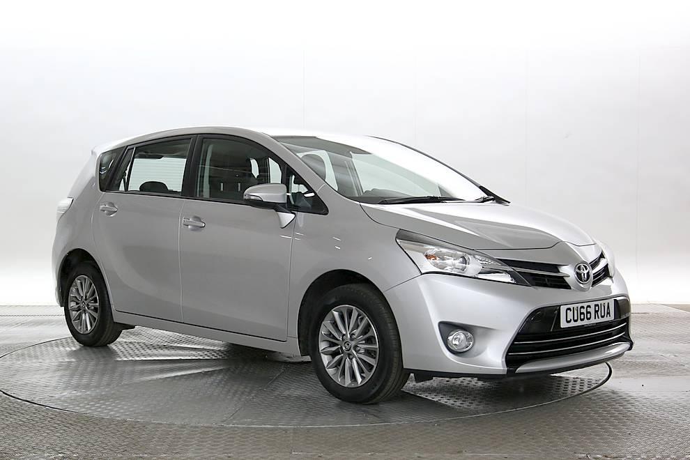 Toyota Verso - Cargiant