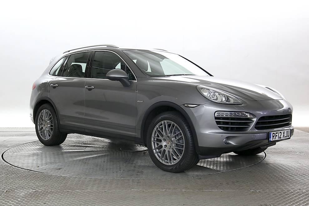 Porsche Cayenne - Cargiant